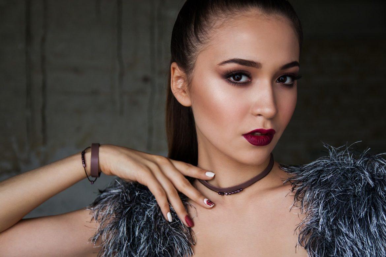 Makeup make women more confident